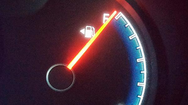 Cinco maneras de ahorrar gasolina en ciudad
