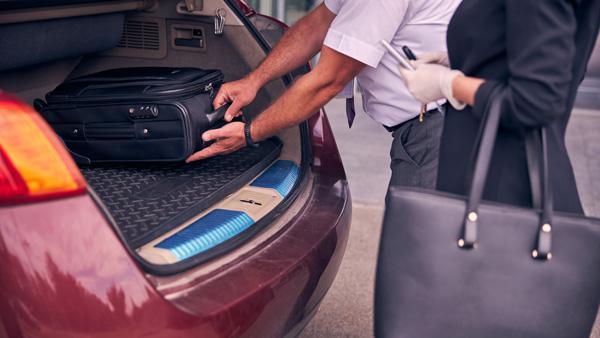 Viajes en coche: cómo colocar el equipaje