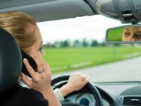 Campaña control de distracciones de la DGT: la atención o la vida